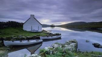 Boat-Connemara-County-Galway-Republic-of-Ireland-1440x2560
